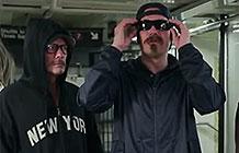U2乐队纽约地铁乔装打扮开演唱会