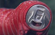 可口可乐拍了一部恐怖广告,说要植入你的梦里
