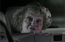 【字幕】宝马广告喋喋不休的奶奶系列一 天窗篇
