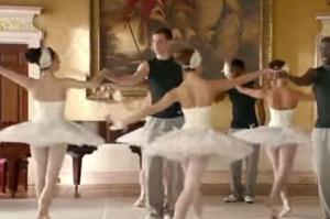 雪铁龙世界杯趣味广告《球星跳芭蕾舞》