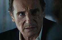 【字幕】2016超级碗广告 LG OLED完美画质未来篇-LG超级碗广告,请来了Liam Neeson连姆尼森代言,他扮演以为回到现代的未来人,然后在酒吧里面指导年轻小伙要保护未来,巴拉巴拉的...要传达的主题就是LG OLED是超前的技术,超牛的显